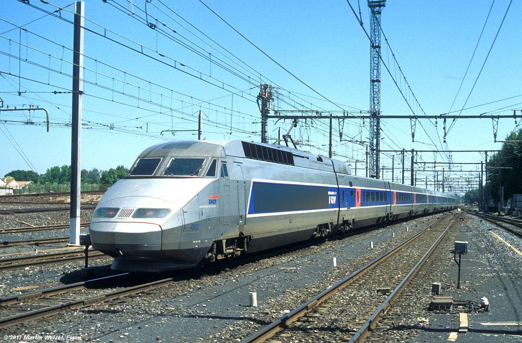 http://www.eisenbahnhobby.de/sncf/363-4_TGV380025_Narbonne_1-7-99_S.jpg
