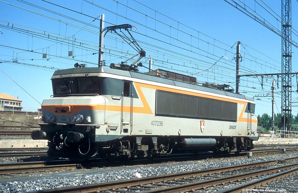 http://www.eisenbahnhobby.de/sncf/363-6_BB407236_Narbonne_1-7-99_S.jpg