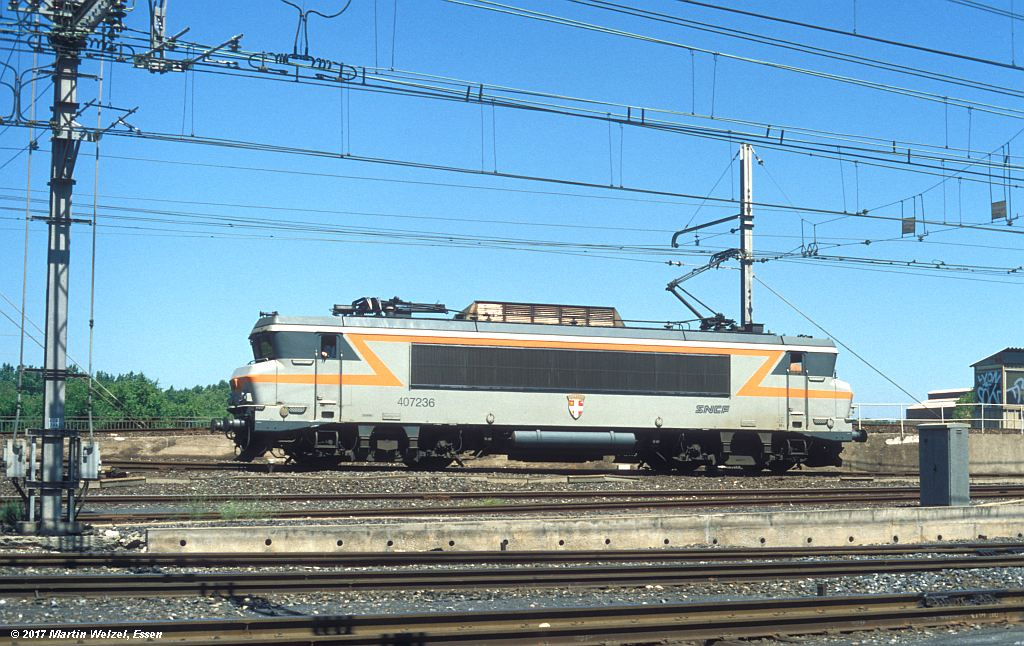 http://www.eisenbahnhobby.de/sncf/363-7_BB407236_Narbonne_1-7-99_S.jpg
