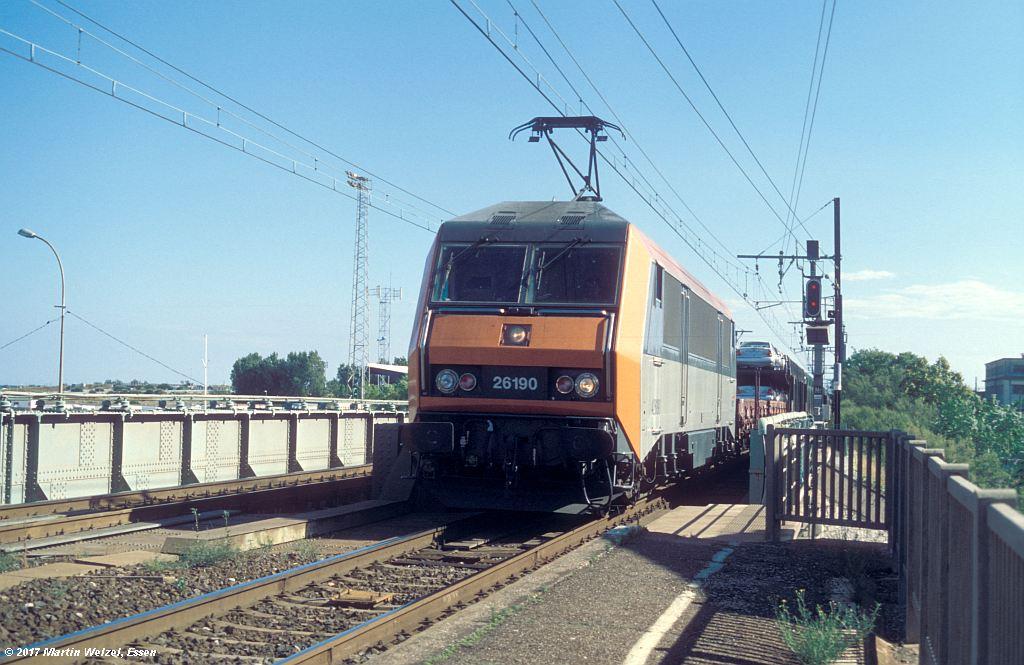 http://www.eisenbahnhobby.de/sncf/367-42_BB426190_Frontignan_6-7-99_S.jpg