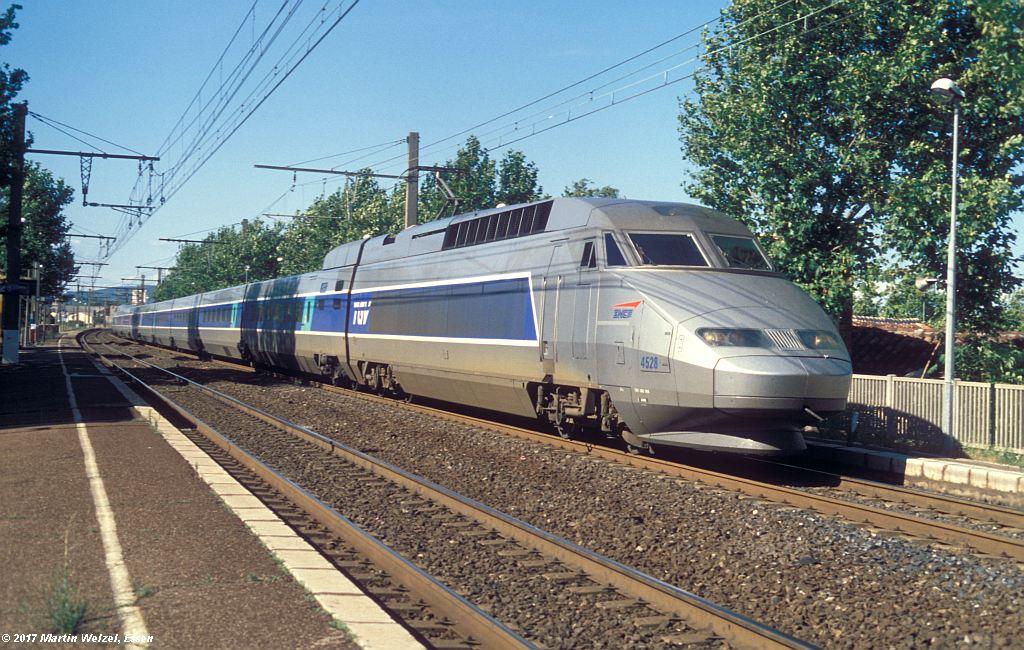 http://www.eisenbahnhobby.de/sncf/367-44_TGV380056_Frontignan_6-7-99_S.jpg