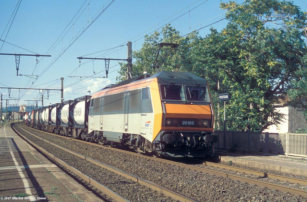 http://www.eisenbahnhobby.de/sncf/367-47_BB426166_Frontignan_6-7-99_S.jpg