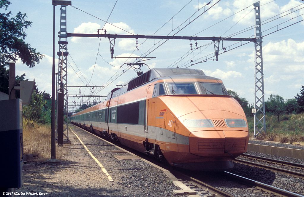 http://www.eisenbahnhobby.de/sncf/368-10_TGV23080_Vias_8-7-99_S.jpg