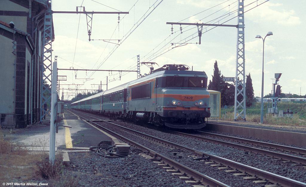 http://www.eisenbahnhobby.de/sncf/368-18_BB107409_Vias_8-7-99_S.jpg