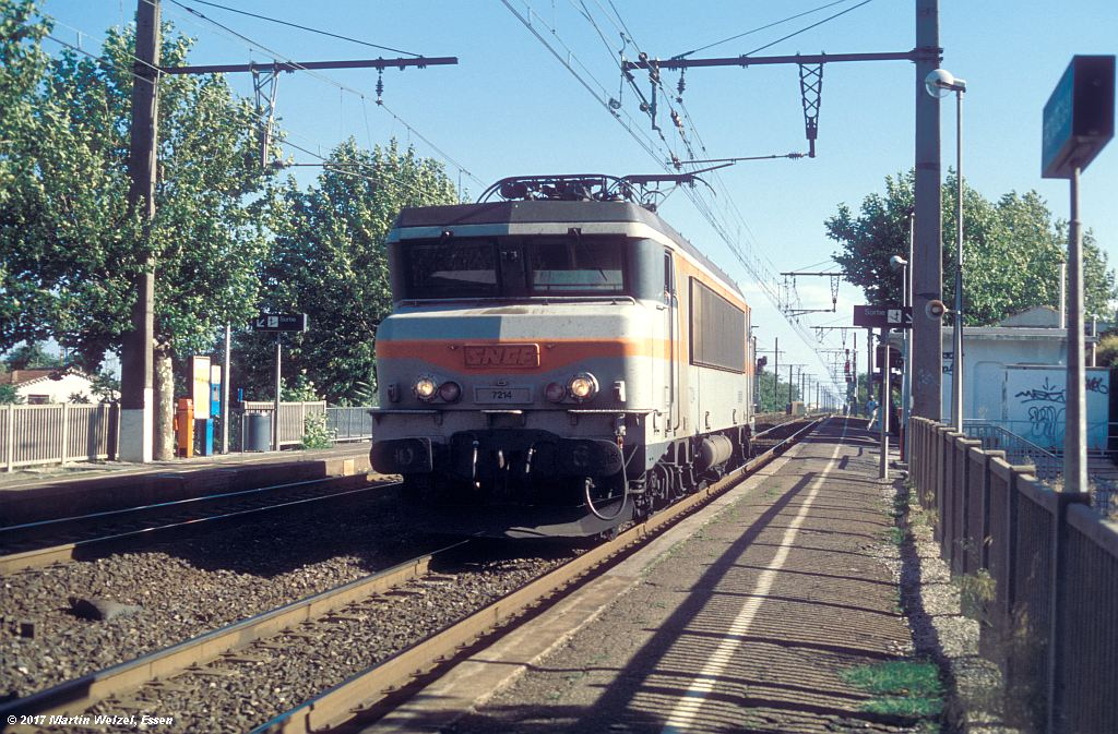 http://www.eisenbahnhobby.de/sncf/368-1_BB7214_Frontignan_6-7-99_S.jpg