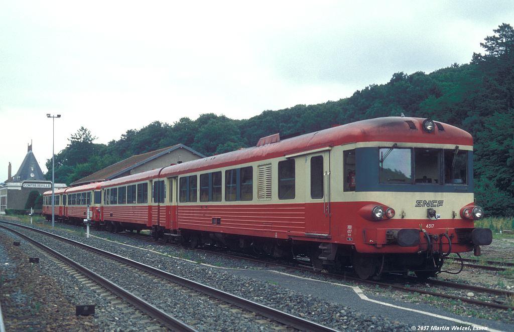 http://www.eisenbahnhobby.de/sncf/368-25_X4317_Contrexeville_10-7-99_S.jpg