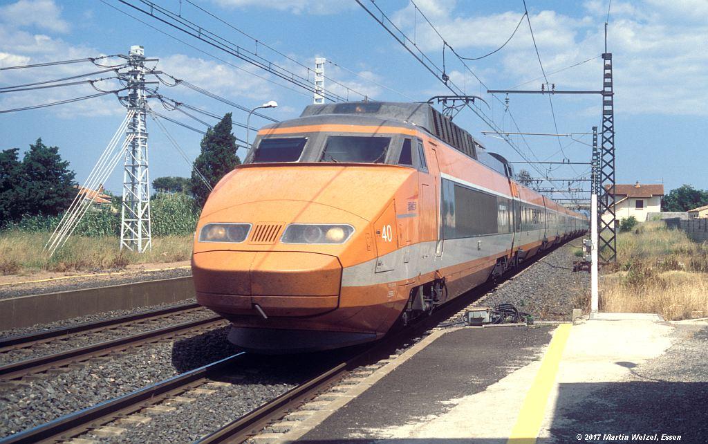 http://www.eisenbahnhobby.de/sncf/368-9_TGV23079_Vias_8-7-99_S.jpg