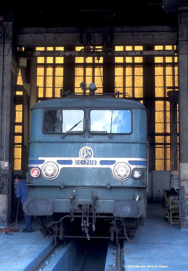 http://www.eisenbahnhobby.de/sncf/409-22_CC7110_Avignon_11-7-00_S.jpg