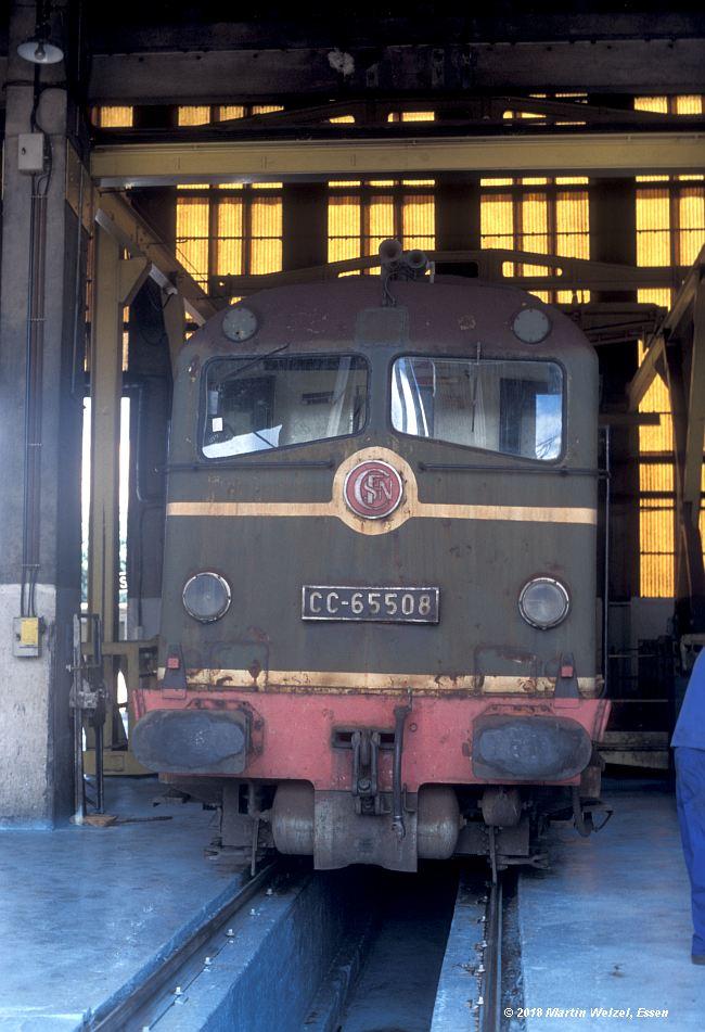http://www.eisenbahnhobby.de/sncf/409-23_CC65508_Avignon_11-7-00_S.jpg