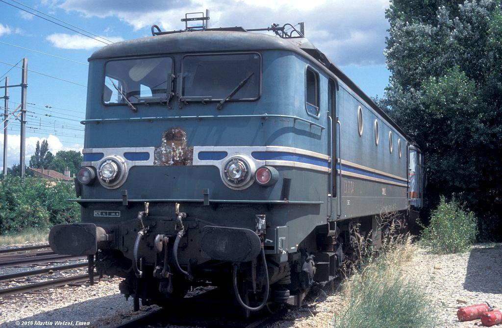 http://www.eisenbahnhobby.de/sncf/409-26_CC7134_Avignon_11-7-00_S.jpg