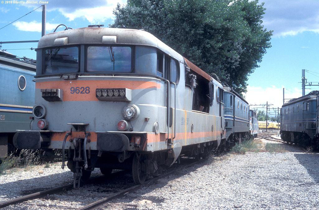 http://www.eisenbahnhobby.de/sncf/409-27_BB9628_Avignon_11-7-00_S.jpg