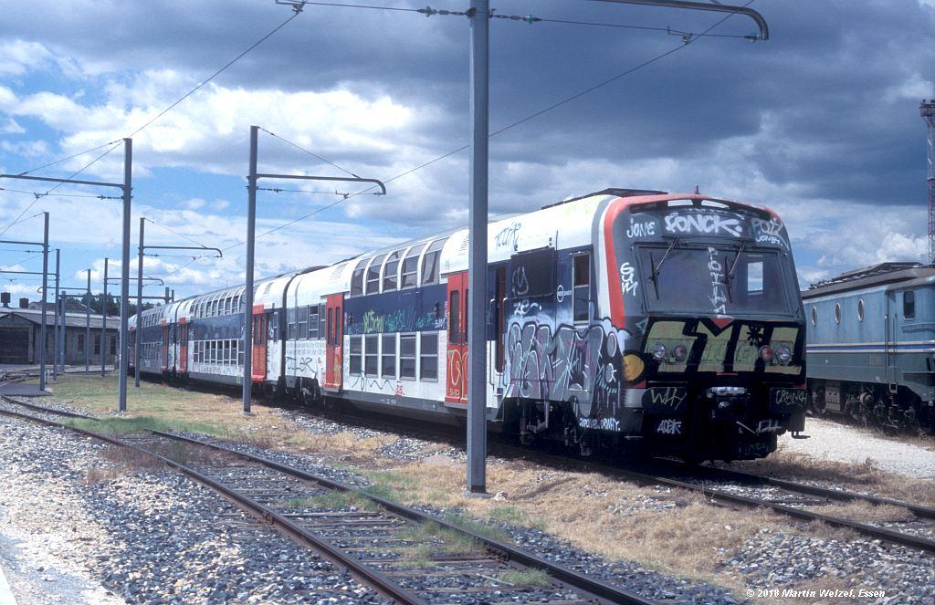 http://www.eisenbahnhobby.de/sncf/409-30_Z5667_Avignon_11-7-00_S.jpg