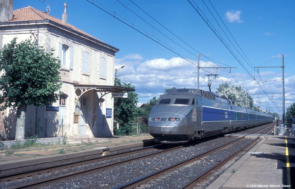 http://www.eisenbahnhobby.de/sncf/410-2_TGV23024_Manduel-Redessan_11-7-00_S.jpg