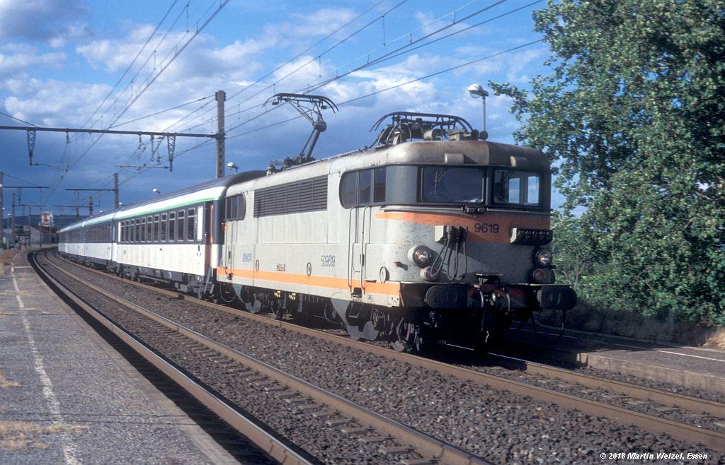 http://www.eisenbahnhobby.de/sncf/410-8_BB509619_Frontignan_11-7-00_S.jpg