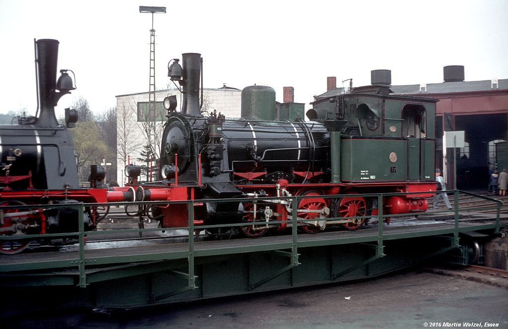 http://www.eisenbahnhobby.de/stolberg/32-1_Walsum5_Stolberg_2-4-76_S.jpg
