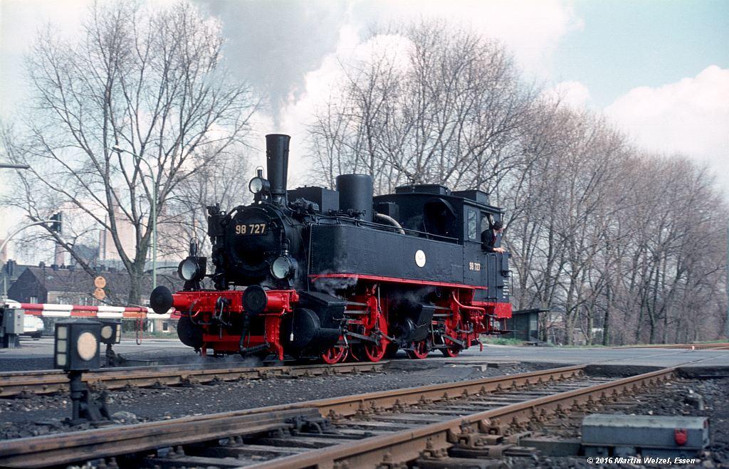http://www.eisenbahnhobby.de/stolberg/32-38_98727_Weisweiler_3-4-76_S.jpg