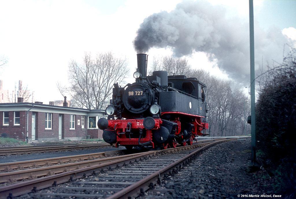 http://www.eisenbahnhobby.de/stolberg/32-39_98727_Weisweiler_3-4-76_S.jpg