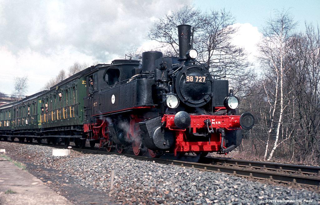 http://www.eisenbahnhobby.de/stolberg/32-44_98727_Eschweiler-Aue_3-4-76_S.jpg