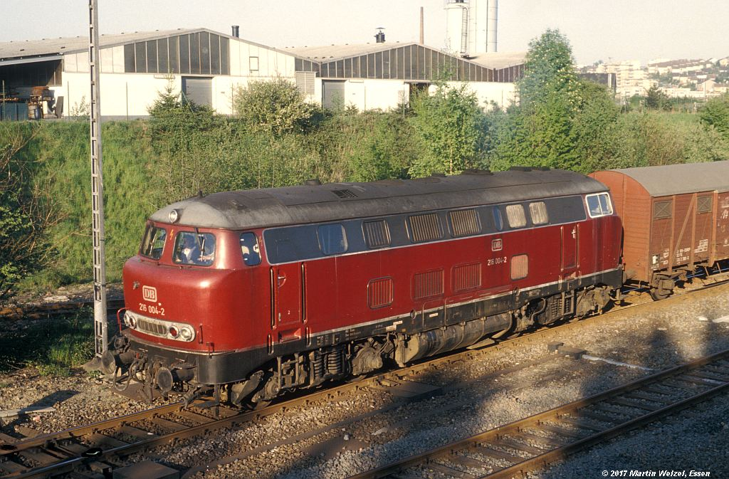 http://www.eisenbahnhobby.de/velbert/153-15_216004_Wuelfrath_13-5-80_S.jpg