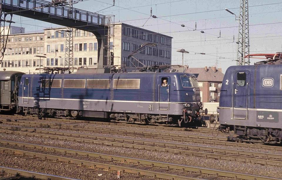 http://www.eisenbahnhobby.de/versch/109-32_184112_N8023_AC_2-11-78_S.jpg