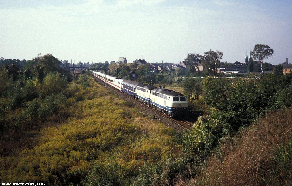 http://www.eisenbahnhobby.de/warschau/263-3_218417_Std-Vorbf_15.10.91_S.jpg